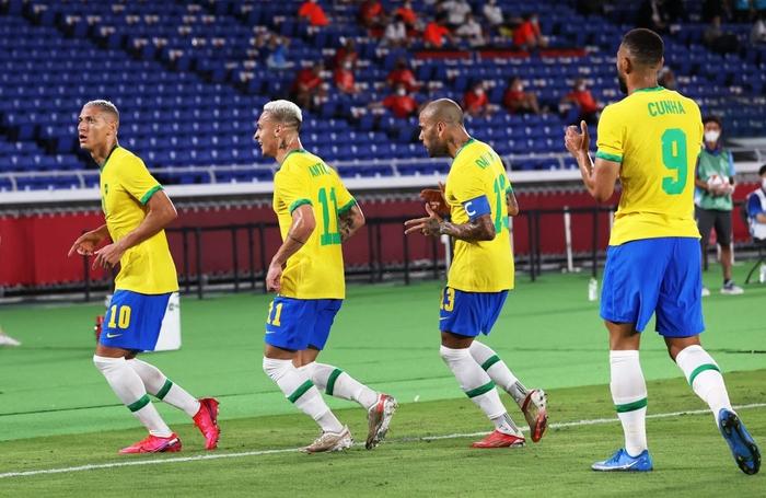 Brazil 4-2 Đức: Màn thị uy sức mạnh của ĐKVĐ Olympic - Ảnh 3.