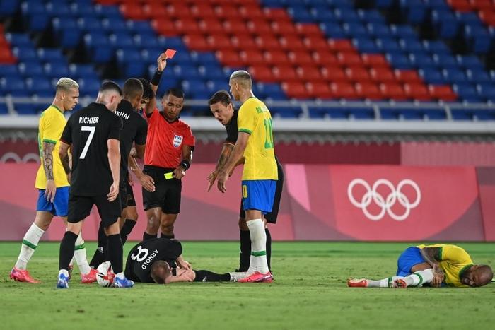 Brazil 4-2 Đức: Màn thị uy sức mạnh của ĐKVĐ Olympic - Ảnh 6.