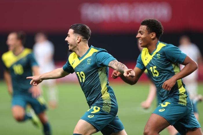 Argentina thua bạc nhược trận ra quân Olympic 2020 - Ảnh 9.