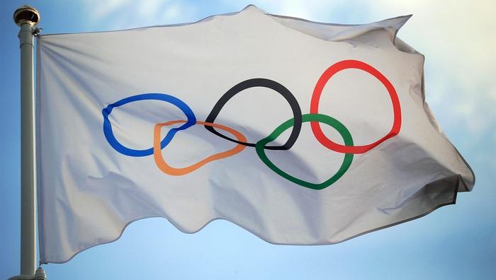 Olympic 2020 cấm phóng viên tuyên truyền hình ảnh các cầu thủ quỳ gối trước trận - Ảnh 2.