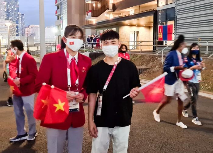 VĐV Việt Nam phấn khích trước giờ khai mạc Olympic Tokyo 2020 - Ảnh 5.