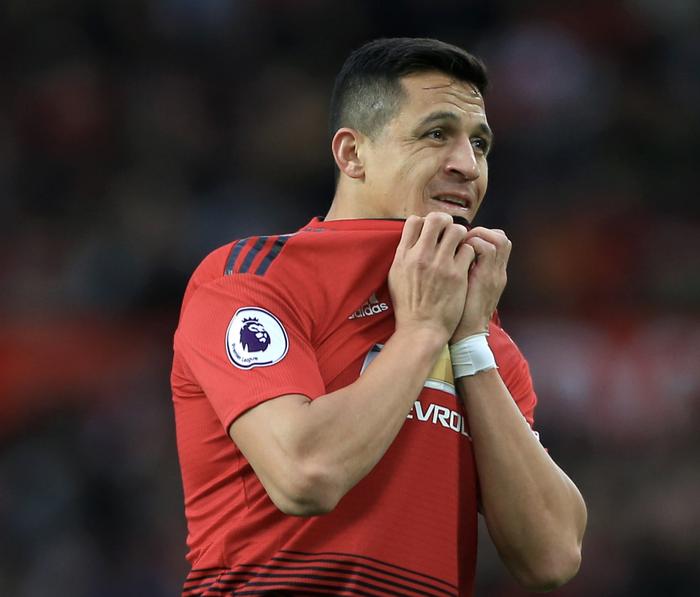 Alexis Sanchez dẫn đầu đội hình tệ nhất thế kỷ 21 của Manchester United  - Ảnh 12.
