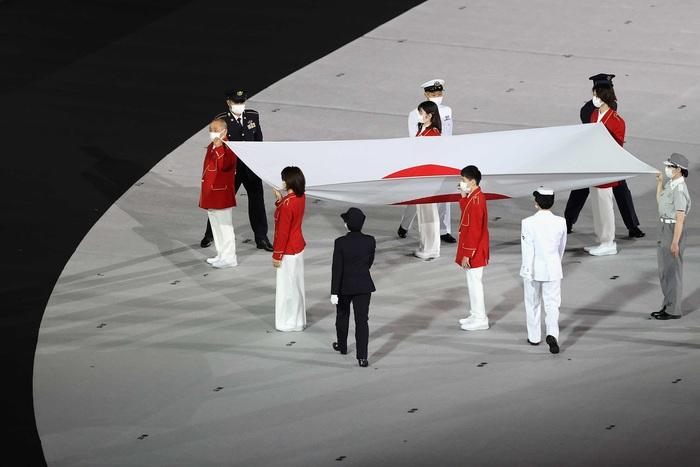 VĐV Việt Nam phấn khích trước giờ khai mạc Olympic Tokyo 2020 - Ảnh 9.