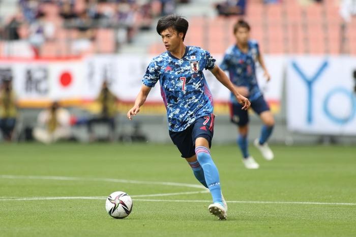 Olympic Nhật Bản có nguy cơ mất cầu thủ đắt giá nhất đội hình trước trận đấu với Mexico - Ảnh 3.