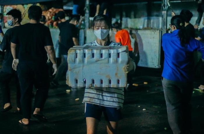 Hotgirl Taekwondo Châu Tuyết Vân không ngại khổ làm tình nguyện viên giữa tâm dịch - Ảnh 7.