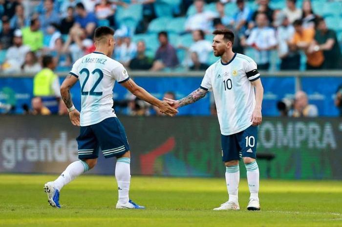 5 ngôi sao bóng đá công khai thần tượng Messi - Ảnh 3.