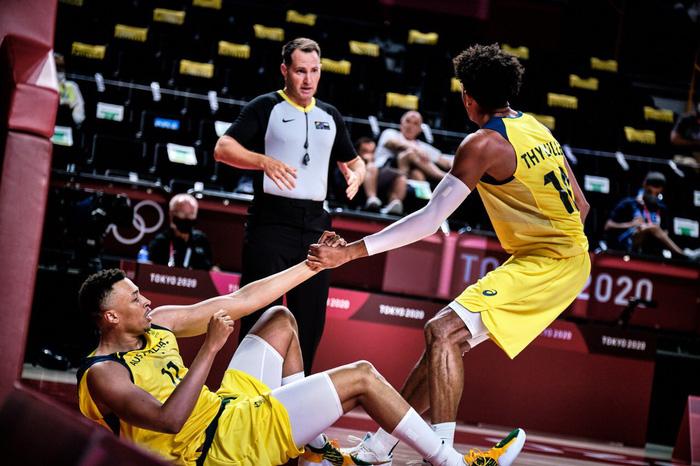 Úc vs Nigeria: Cuộc so tài đỉnh cao giữa hai đội đã đánh bại tuyển Mỹ - Ảnh 2.
