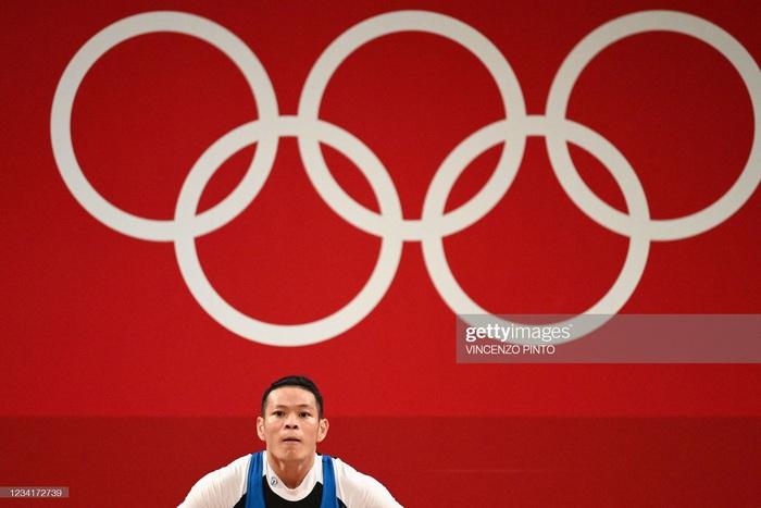 Liên tục để rơi tạ, niềm hy vọng Thạch Kim Tuấn không được tính thành tích tại Olympic 2020 - Ảnh 13.