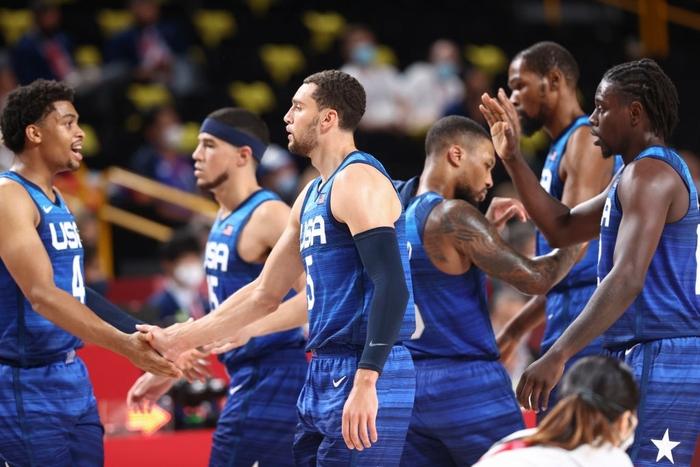 Thua mất mặt trong ngày ra quân, đội tuyển bóng rổ Mỹ biện minh thế nào? - Ảnh 4.
