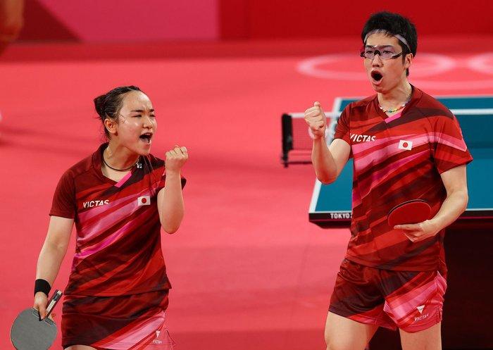 Ngược dòng kịch, Nhật Bản có huy chương vàng bóng bàn đầu tiên tại Olympic Tokyo 2020. - Ảnh 1.