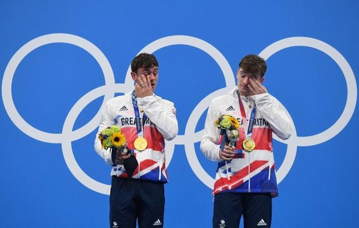 Cặp nam thần của Vương quốc Anh nghẹt thở giành HCV tại Olympic: Mỗi khi đứng chung tạo ra khoảnh khắc có rất nhiều múi - Ảnh 8.