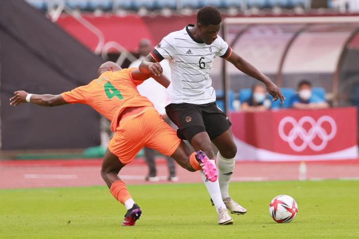 Bị Olympic Bờ Biển Ngà cầm hòa 1-1, Olympic Đức ngậm ngùi rời Thế vận hội ngay sau vòng bảng - Ảnh 5.