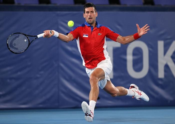 Đánh bại niềm hy vọng cuối cùng của chủ nhà Nhật Bản, Djokovic tiến vào bán kết Olympic - Ảnh 2.