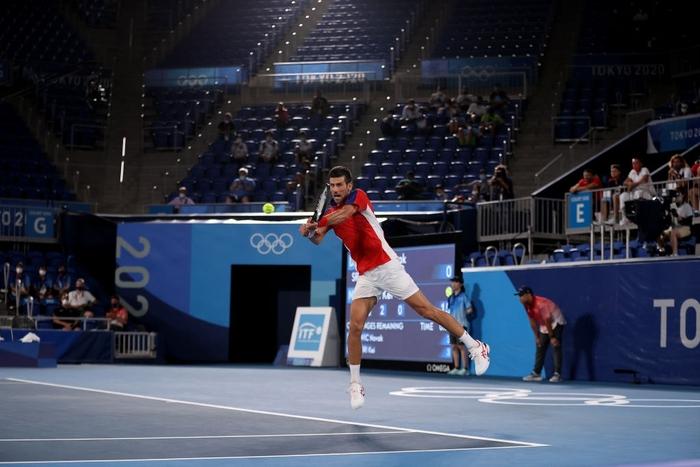 Đánh bại niềm hy vọng cuối cùng của chủ nhà Nhật Bản, Djokovic tiến vào bán kết Olympic - Ảnh 1.