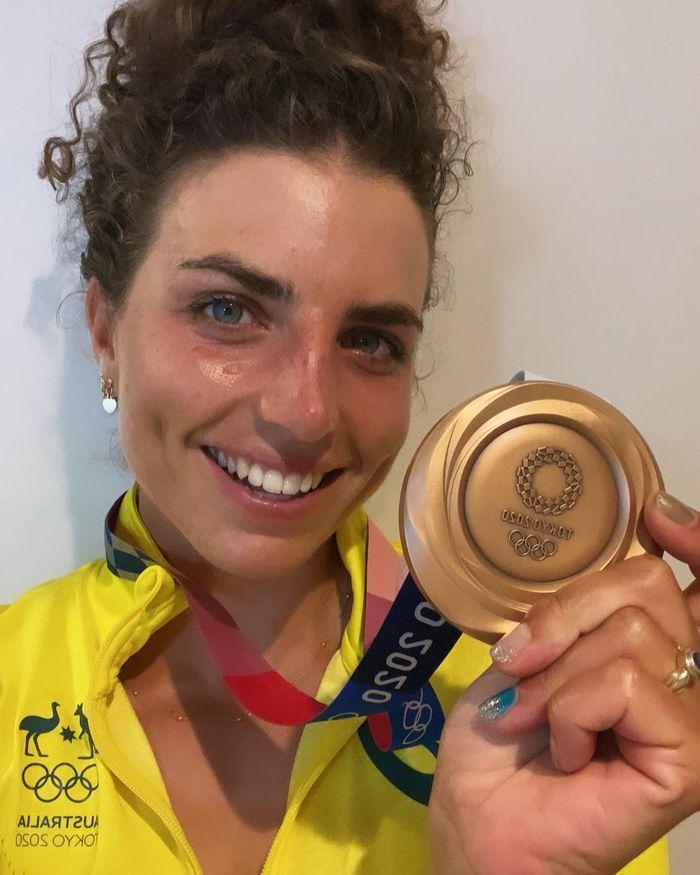 Dùng bao cao su theo cách không ai ngờ, VĐV chèo thuyền Australia giành HCĐ Olympic - ảnh 1