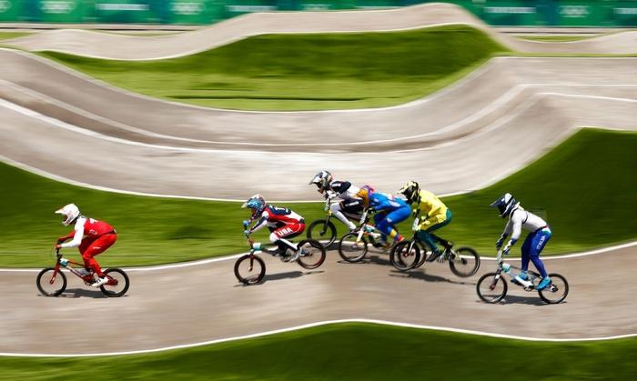 Kinh hoàng khoảnh khắc tay đua BMX bị đồng nghiệp chèn qua người, phải nhập viện khẩn cấp ở Olympic 2020 - ảnh 2