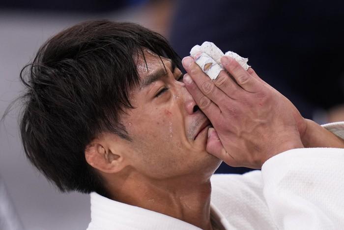 Những khoảnh khắc trào nước mắt của người chiến thắng, kẻ chiến bại tại Olympic Tokyo 2020 - ảnh 2