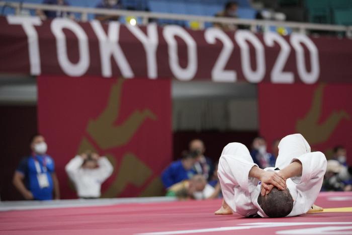 Những khoảnh khắc trào nước mắt của người chiến thắng, kẻ chiến bại tại Olympic Tokyo 2020 - ảnh 17