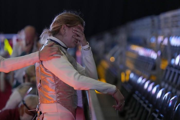 Những khoảnh khắc trào nước mắt của người chiến thắng, kẻ chiến bại tại Olympic Tokyo 2020 - ảnh 21