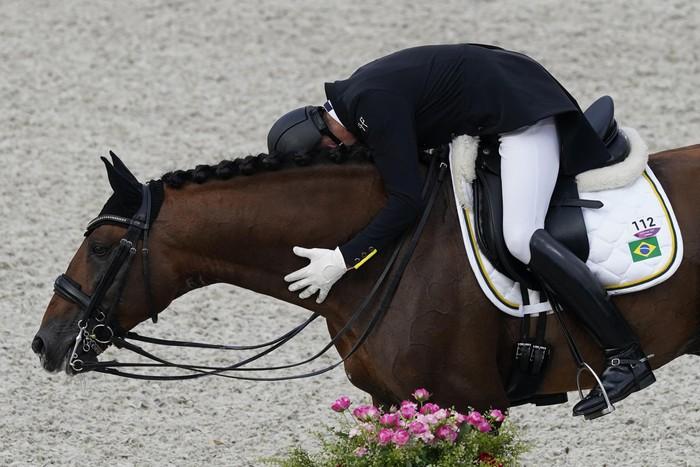 Những khoảnh khắc trào nước mắt của người chiến thắng, kẻ chiến bại tại Olympic Tokyo 2020 - ảnh 5