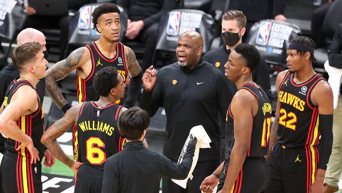 HLV Nate McMillan: Từ kẻ đóng thế đến bản hợp đồng 4 năm cùng Atlanta Hawks - Ảnh 2.