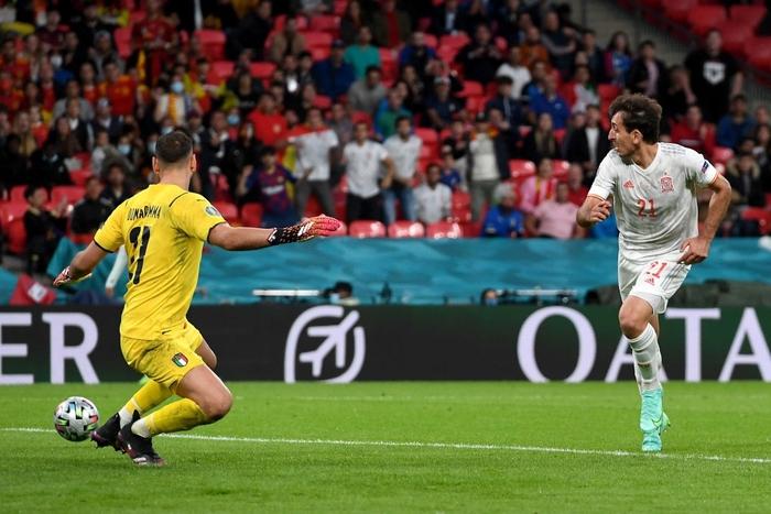 Chấm điểm cầu thủ Italy vs Tây Ban Nha: Tiêu điểm cựu binh - Ảnh 7.