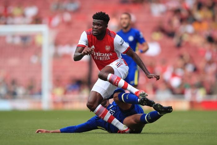 """Arsenal 1-2 Chelsea: The Blues phung phí cơ hội, sao """"Pháo thủ"""" mắc sai lầm ngớ ngẩn  - Ảnh 2."""