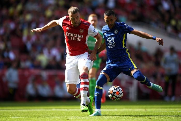 """Arsenal 1-2 Chelsea: The Blues phung phí cơ hội, sao """"Pháo thủ"""" mắc sai lầm ngớ ngẩn  - Ảnh 7."""
