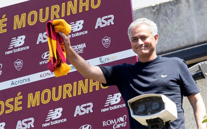 Học trò thức khuya chơi điện tử, Jose Mourinho xỉa xói tựa game Fornite - Ảnh 2.