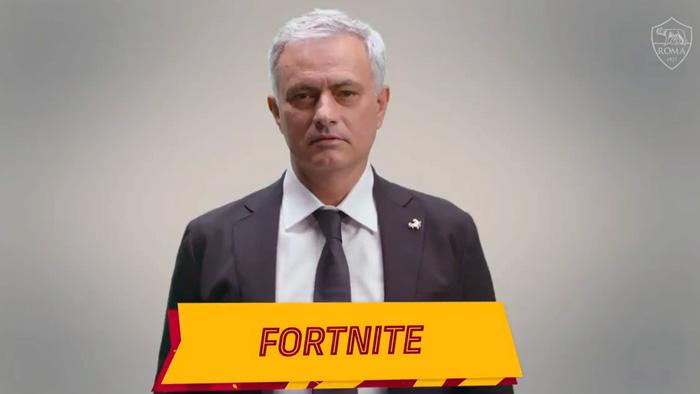 Học trò thức khuya chơi điện tử, Jose Mourinho xỉa xói tựa game Fornite - Ảnh 1.