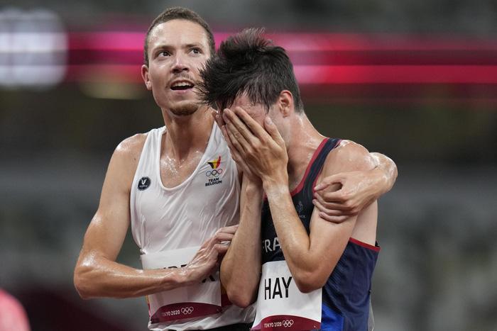 Ảnh Olympic Tokyo 2020: Sự tử tế, lòng đồng cảm tạo nên kỳ Thế vận hội đầy nhân văn - Ảnh 19.
