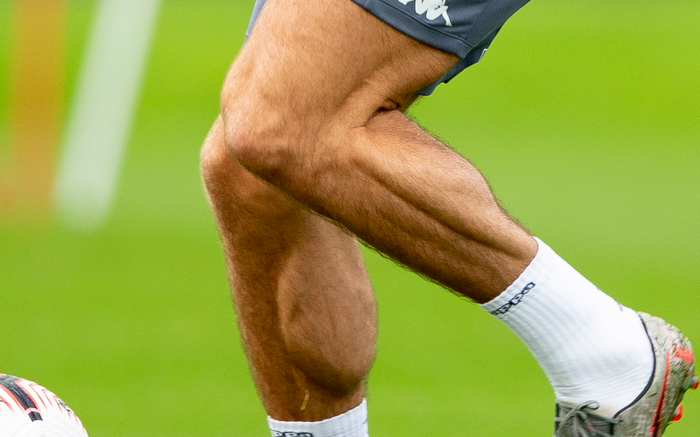 Jack Grealish - the player with the biggest calves in the football world - Photo 4.