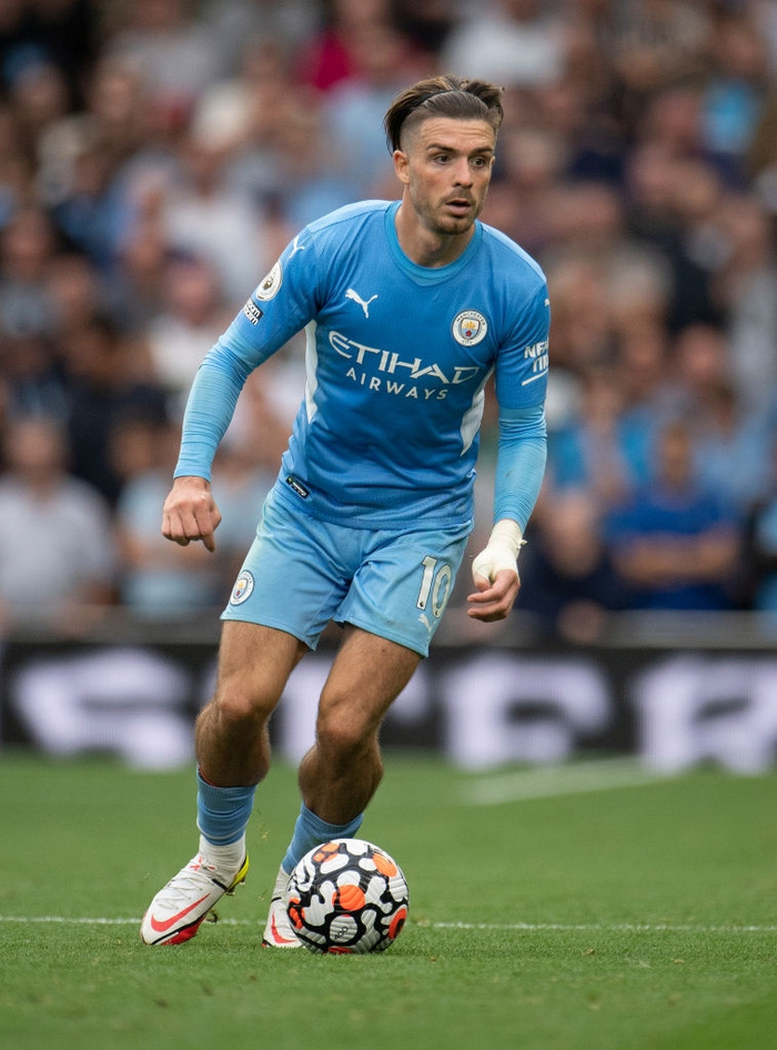 Jack Grealish - the player with the biggest calves in the football world - Photo 3.