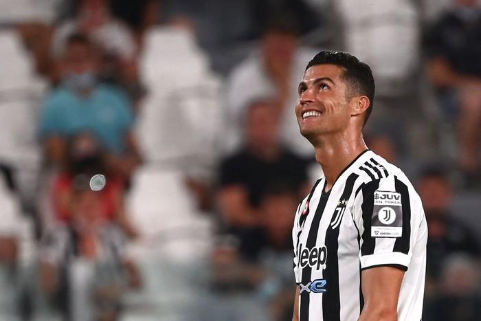 Ronaldo lên tiếng cực gắt sau khi liên tục bị đồn thổi về tương lai - Ảnh 1.
