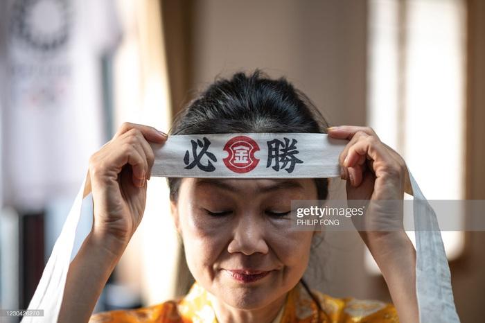 Siêu fan Nhật Bản 30 năm dự không sót kỳ Olympic nào, quyết tâm biến nhà thành nhà thi đấu - Ảnh 9.