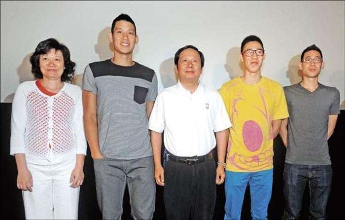 NBA players have a breakthrough height compared to their parents - Photo 5.