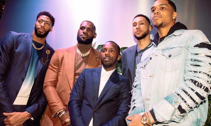 Mất trắng hàng chục triệu USD, sao NBA đâm đơn kiện bạn thân của LeBron James - Ảnh 1.
