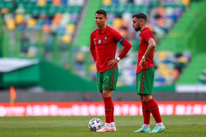 MU đã hớt tay trên Man City trong thương vụ Ronaldo như thế nào?  - Ảnh 1.