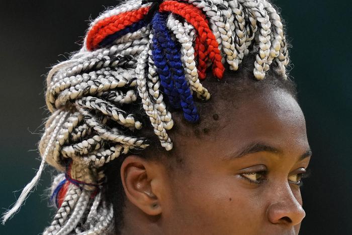 Ảnh Olympic Tokyo 2020: Những kiểu tóc độc đáo và kỳ công thu hút ánh nhìn - Ảnh 17.