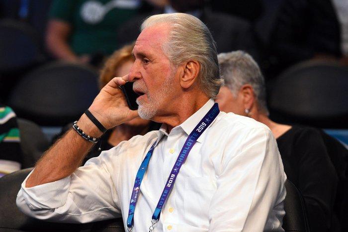 Miami Heat đầy bận rộn trong ngày mở màn phiên chợ chuyển nhượng hè NBA 2021 - Ảnh 1.