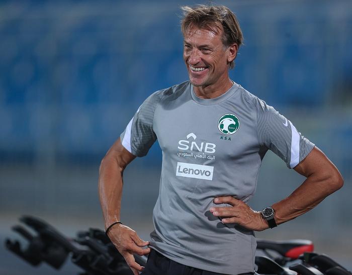 Báo Saudi Arabia lật lại lịch sử thắng 9-0 Việt Nam, tin HLV Herve Renard tiếp tục mạch bất bại  - Ảnh 2.