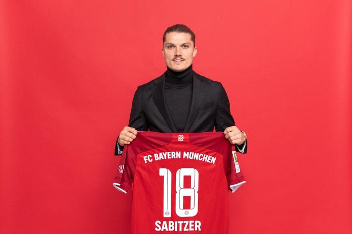 Ngày cuối chuyển nhượng: MU bán tiền vệ giá 28 triệu euro - Ảnh 4.