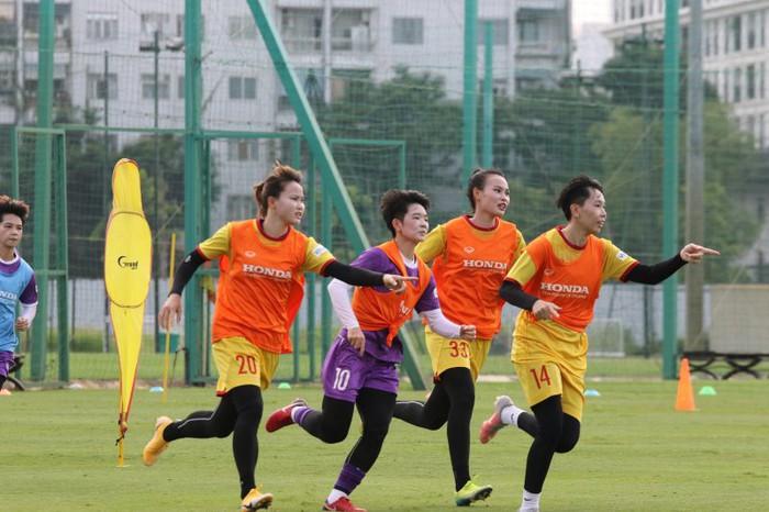 Tuyển nữ Việt Nam mong muốn sang UAE tập huấn sớm để chuẩn bị cho giấc mơ World Cup 2023 - Ảnh 1.