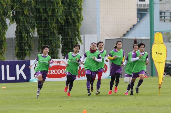 Tuyển nữ Việt Nam mong muốn sang UAE tập huấn sớm để chuẩn bị cho giấc mơ World Cup 2023 - Ảnh 2.