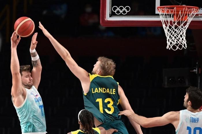 Patty Mills hủy diệt Slovenia với 40 điểm, đội tuyển Úc giành huy chương đồng đầu tiên trong lịch sử - Ảnh 3.