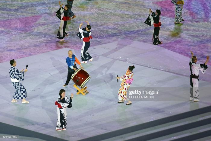 Lễ bế mạc Olympic Tokyo 2020 - lời cảm ơn đến kỳ Thế vận hội đặc biệt nhất lịch sử - Ảnh 15.