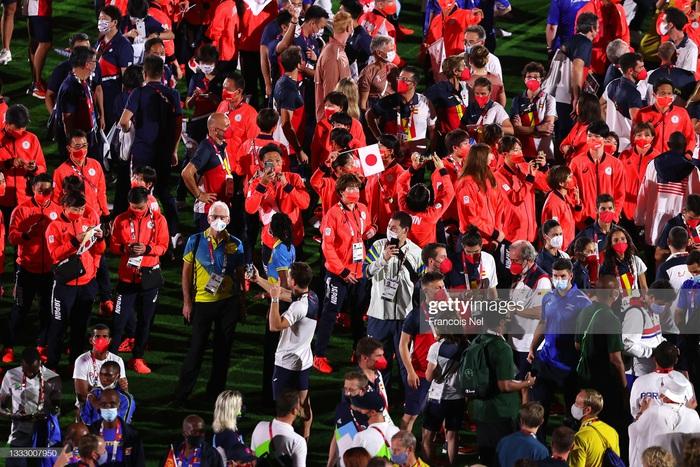 Lễ bế mạc Olympic Tokyo 2020 - lời cảm ơn đến kỳ Thế vận hội đặc biệt nhất lịch sử - Ảnh 4.