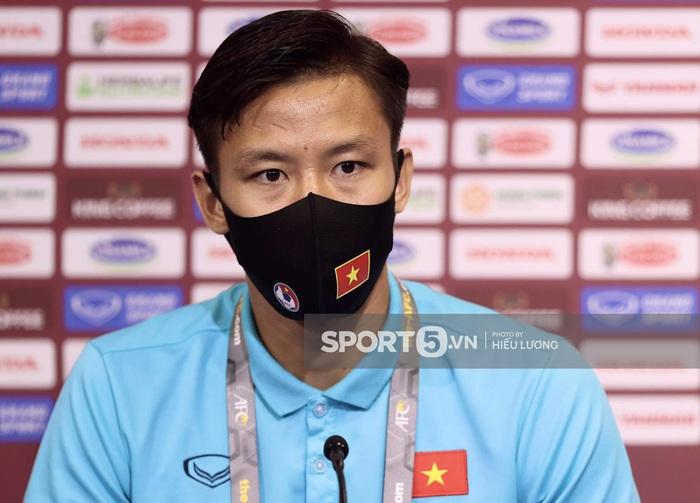 """Đội trưởng Quế Ngọc Hải: """"Chúng tôi chiến đấu với tinh thần Việt Nam"""" - Ảnh 1."""