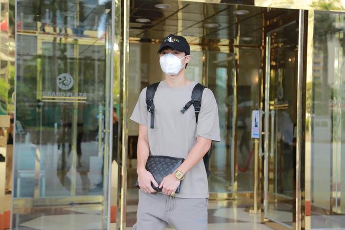 Tuyển Việt Nam có 1 ngày nghỉ ngơi trọn vẹn, Văn Toàn khoe ảnh ở nhà riêng - Ảnh 2.