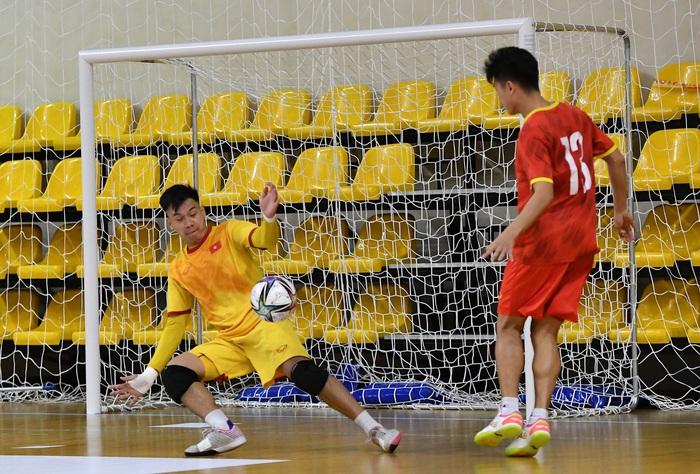 Bốc profile 16 cầu thủ futsal Việt Nam được đăng ký tại World Cup - Ảnh 2.